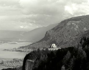 Vista House at Crown Point, Columbia River Gorge