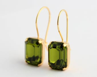 Olivine earrings, Green Swarovski earrings, dangle earrings, Olive earrings, Olivine Swarovski earrings, olive wedding, octagon earrings,