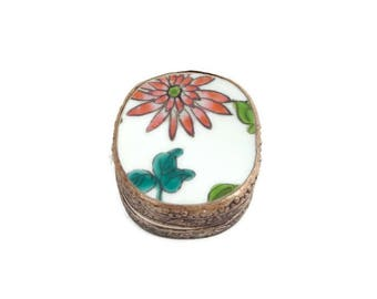Vintage Chinese Porcelain Shard Powder Box With Mirror Enamel Coral Flower Porcelain Fragment Silver Plate Casket Jewelry Trinket Pill