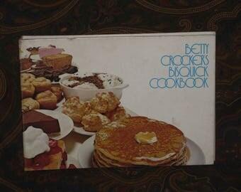 Betty Crocker's Bisquick Cookbook Hardcover Vintage 1970's