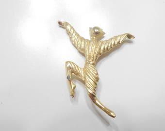 Gold Tone Jester Brooch (7452)