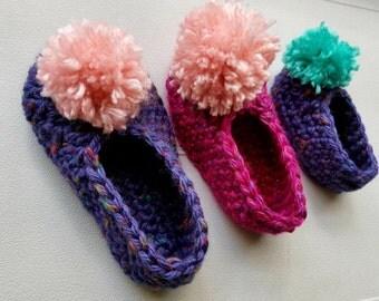 Crochet Pompom Slippers Color