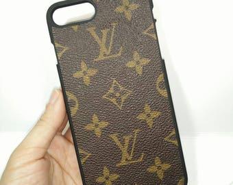 Vuitton iphone7   プラダ iPhone7 カバー