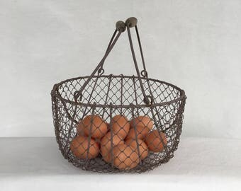Medium Size Vintage Wire Egg Basket with Double Wood Handles Oval 10 x 8 Farmhouse Kitchen Display
