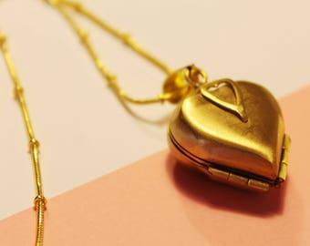 Victorian style heart locket - vintage cameo pendant