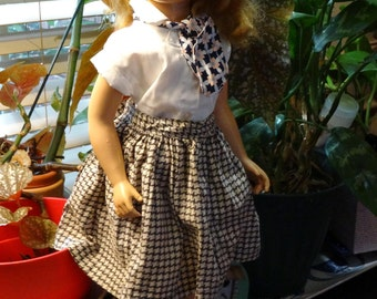 Vintage doll skirt in a houndstooth white and coffee brown, cottony fabric
