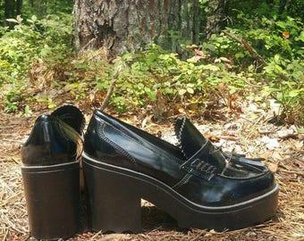 Chunky Tassle Loafers