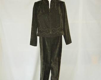 Sz 8 10P Faux Suede Pantsuit - Olive Green - Cropped Jacket -  High Waisted - 80s Vintage Sag Harbor - Size 8P 10 Petite Short