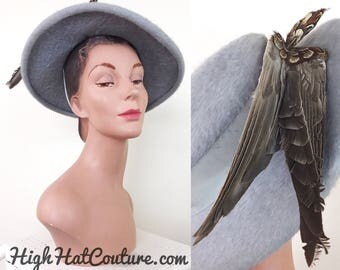 Vintage 1940s Hat / Bird Hat / Wide brim Hat / Italian felt / Powder grey