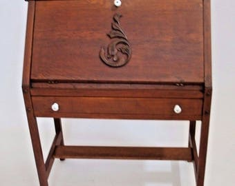 Antique Mission Style Secretary Writing Ladies Desk solid Oak Insured safe nationwide shipping available