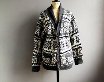 Vintage snowflake cardigan / Shetland wool / cream grey winter cardigan / oversized grandad cardigan / Xmas cardigan / Shetland cardigan