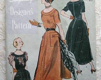 """Vintage 50s Scoop Neck Day Dress. Novelty Pockets  Simplicity 8017 Designer Sewing Pattern.  Bust 36"""""""