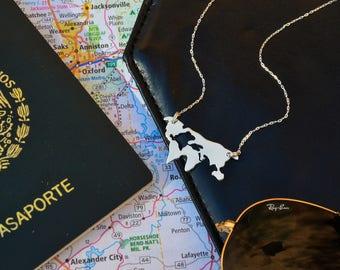World Necklace, Map world pendant, traveler Necklace / 14k gold filled pendant, wanderlust necklace