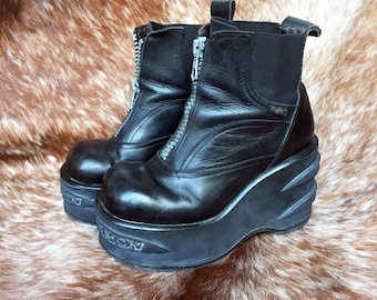 DESTROY 90s Platform Boots Industrial Goth eu 39 // us 8.5 // uk 6