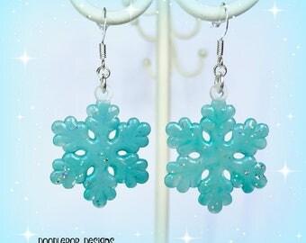 Aqua snowflake Earrings - Christmas earrings - Snowflake jewellery - Glitter earrings - Christmas gift - Christmas party - Stocking filler