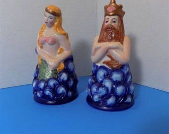 2002 Collector Ceramic Clay Art Mermaid Neptune salt & Pepper Shakers Home Decor Ocean Beach Nautical