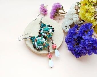 Variscite earrings, lampwork, beaded macrame earrings, gemstone, beadwork, micro-macrame jewelry, rustic, boho, white sea green brown coral