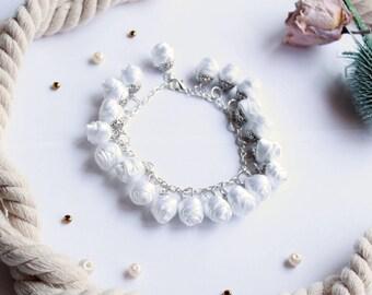 Fabric bracelet Rose bracelet White fabric jewelry Flower bracelet Floral jewelry Clusters bracelet Friendship bracelet Textile bracelet