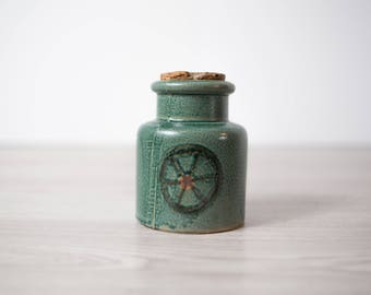 Vintage Ceramic Jar / Green Earth-tone Antique Ceramic Canister with Wheel Pattern and Original Cork / Retro Honey Pot
