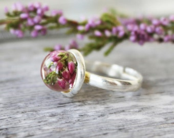 Pink Heather Ring, Round Flower Ring, Resin Jewellery, Flower Jewellery, Botanical Jewellery, Real heather ring, spring ring, terrarium ring