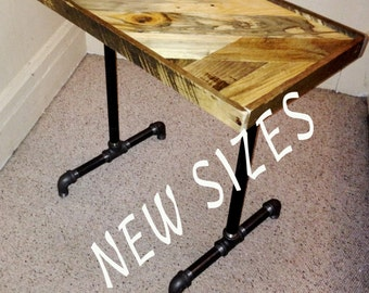 End Table (18 x 24)