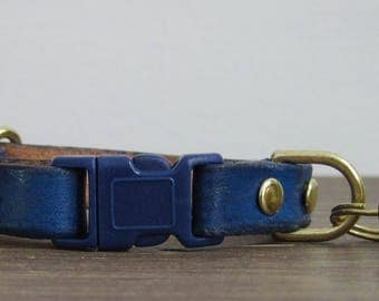Adjustable Navy Blue Leather Cat Collar - Safety Breakaway Leather Cat Collar - Brass