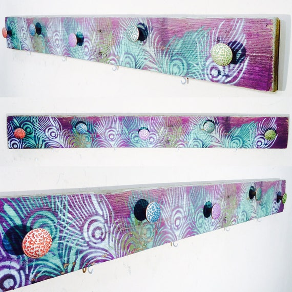 Coat rack /entryway organizer/ pallet wood wall hanging art decor jewelry storage / boho bedroom colorful Peacock feathers 6 hooks, 5 knobs