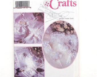 Simplicity Crafts Bridal Accessories Sewing Pattern #8461 - Ring Pillow, Bag Sachet, Heart Sachet, Money Bag, Guest Book Cover + more