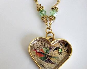 Bird Pendant Necklace, Pendant with Bird Image, Bird Jewelry, Heart w Bird Pendant, Bird Image Jewelry, Nature Jewelry, Pewter Bird Necklace