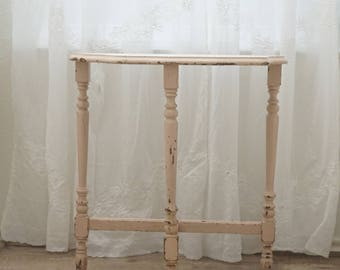Vintage Pink Chippy Table Shabby Chic