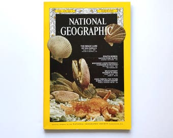 Vintage National Geographic December 1969 / 1960s Nat Geo / National Geographic Magazine / Vintage Photography, 1960s Photos / 1969 Ads