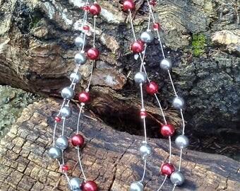 Vintage Wire Beaded Necklace/Three-Tier Vintage Wire Bead Necklace/Glass Pearl Vintage Wire Necklace/Cranberry & Silver Vintage Necklace