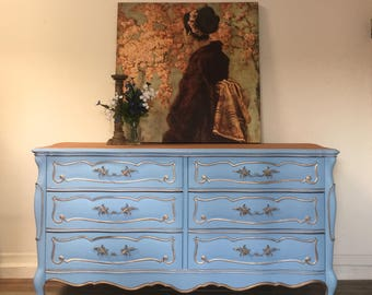 French Provincial Long Dresser / Buffet / Credenza