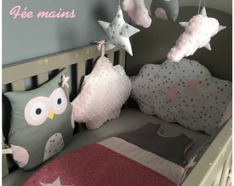 Bumper baby girl in the shape of owls and grey, pink and white clouds with Star Montessori inspired.