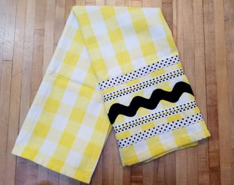 Embellished Hand Towel, Yellow & White Check, House Warming Gift, Kitchen Towel, Decorated Hand Towel, One of a Kind, MarjorieMae
