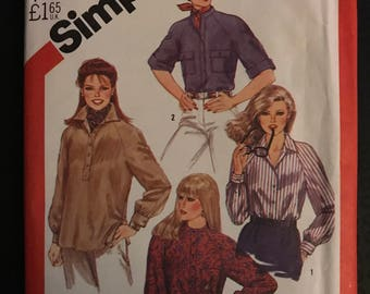 Simplicity 5547 - 1980s Pullover Top with Banded or Pointed Collar and Button Front Placket - Size 16 Bust 38