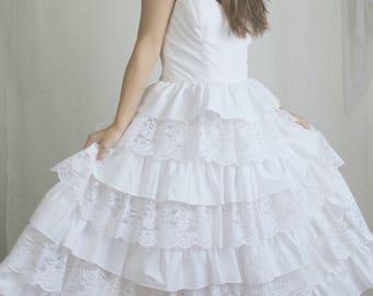 80s White Strapless Ruffle Dress // Vintage Wedding Dress Lace Taffeta Bridal Gown // Size: XS