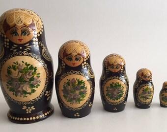 5 Vintage Russian Matryoshka Wooden Nesting Dolls Signed Cepzued Nocad Hand Painted