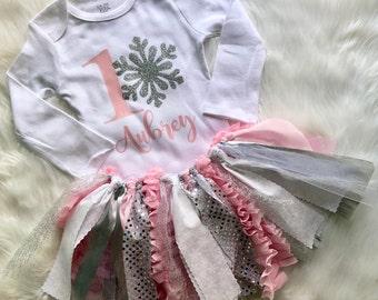 Winter Onederland Outfit // Winter Onderland // Winter Birthday // Winter Wonderland // Onederland Birthday // Snowflake Birthday // Oneder