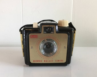 Vintage Kodak Brownie Bullet Camera 1960s Made in the USA Toy Plastic