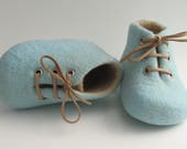 Newborn baby shoes, felted crib shoes, merino wool booties, handmade baby gift, newborn photo prop, baby shower, pregnany reveal, cute baby