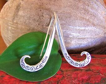 Silver earrings. Ethnic earrings. Ethnic Jewellery. Silver earrings. Silver jewelry. Ethnic earrings. Ethnic silver jewelry.