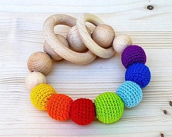 Natural baby rattle, Rainbow baby rattle, Wooden Baby Crochet Rattle, Baby Teether, Natural beads, Teething beads, Montessori baby toy wood
