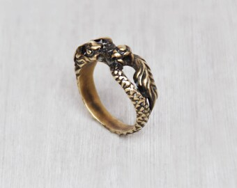 Vintage Brass Dragon Ring - mythical serpent beast eating holding tail - magic fantasy Ouroboros jewelry -  Size 10