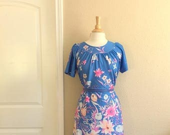 Vintage POWDER Blue Floral Dress With POCKET / 70s Stacy Stag Of California / Pink And CORAL Floral Lounge Housedress