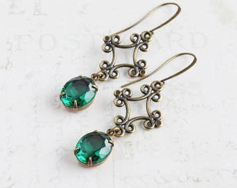 Emerald Green Earrings, Antiqued Brass Dangles, Oval Rhinestone Earrings, Green Bridesmaid Jewelry