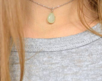 Chalcedony Necklace, Green Smooth Teardrop Briolette Necklace, Layering Necklace, Minimalist, Dainty Jewelry, Mint Green Jewelry, Seafoam