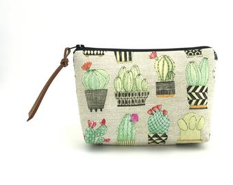 Cactus Pouch, Accessory Bag, Gift for her, Zipper Pouch, Small Cosmetic Bag, Notions Pouch, Ouch Pouch, Tan, Padded Pouch