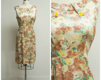 Vintage 1950s Dress • Changing Colors • Yellow Brown Green Rose Floral 50s Dress Size Large