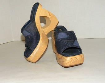 1990s 90s Denim Blue Jean Platform Sandals / Open toe Wood PLATFORM Shoes / Size 6.5